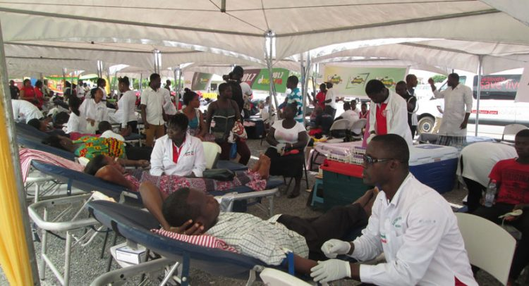Insurance Industry players donate blood to stock blood bank